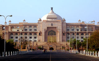 Car Hire For Jaipur Tour